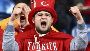 Türkiye-İzlanda maçı saat kaçta hangi kanalda | Muhtemel 11ler