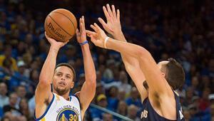 NBA, Stephen Curry şovuyla başladı