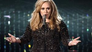 Adele: Kendime güvenim sarsıldı
