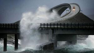 Dünyanın en tehlikeli yolu Norveçte