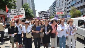 Kadın kuruluşları, topladıkları imzaları küfelerle taşıdı
