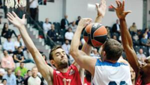 Efes'i deviren Olympiakos finalde