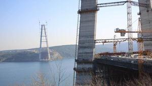 3'üncü köprünün kuleleri tamamlandı