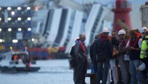 Costa Concordia için tarihi operasyon
