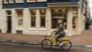 Alya ile Amsterdam'ı sarı bisikletle keşfediyoruz