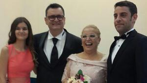 Dağhan Külegeç annesi Ayşe Erbulakın nikah şahidi oldu