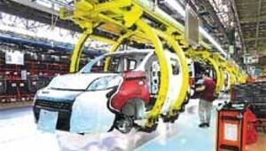 Otomotiv üretimi 1 milyonu aştı rekora sadece 64 bin araç kaldı