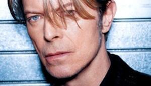 Rock müziğin efsane ismi David Bowie öldü