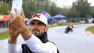 Sofuoğlu, geleceğin şampiyonlarını yetiştiriyor
