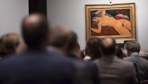 Dünyanın en pahalıya satılan ikinci sanat eseri: Uzanmış Kadın