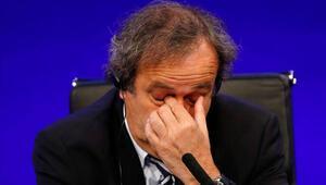 FIFAdan Platiniye büyük şok