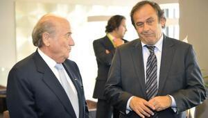 FIFA, Platini ve Blatterin itirazını reddetti