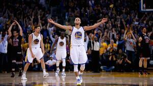 Warriors rekora koşuyor