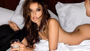 Alessandra Ambrosio, Maxim dergisine poz verdi