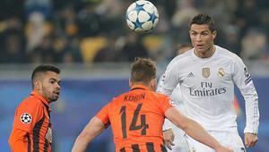 Real Madrid az daha 4-0dan maçı veriyordu