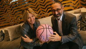 Anadolu Sağlık Merkezi doktorlarından Profesör Metin Çakmakçı: Her gün 85 kadın meme kanseri oluyor