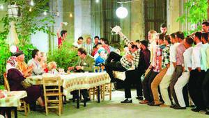 Düğün Dernek 2: Sünnete rekor izleyici