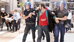 Gezi avukatları hâkim karşısına çıkıyor
