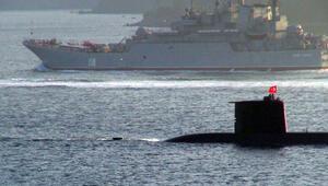 Rus savaş gemisine İstanbul Boğazında denizaltılı takip