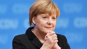 Merkel: Mülteci sayısını azaltacağız