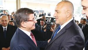 Başbakan Davutoğlu: Siyaset kapısı açık