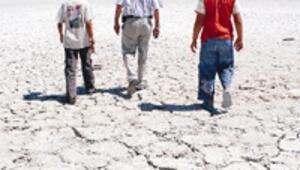 Tuz Gölü Havzası'ndaki son sulak alan kurudu