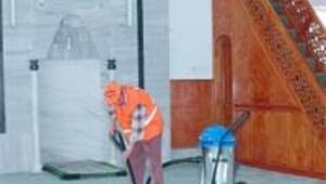 Camilerde ramazan öncesi temizliği