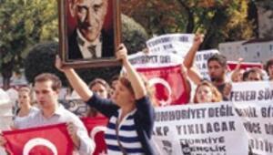 'Hortumcu Başbakan istemiyoruz' sloganları