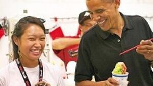 ABD'liler Başkan Obama ve Hillary Clinton'a hayran