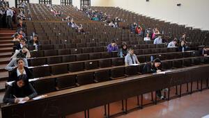 ÖSYM'den üniversite adaylarına 'el rehberi'