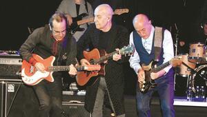 MFÖ  yılbaşı gecesi Galatasaray Adasında konser verdi
