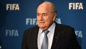 Blatter maaş almaya devam ediyor