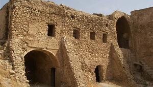 IŞİD bin 400 yıllık Hz. İlyas manastırını yok etti