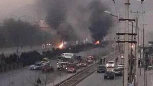 Afganistan'daki intihar saldırısını Taliban üstlendi
