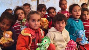 Yardımlar Bayırbucak Türkmenlerine ulaştı