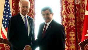 Başbakan Davutoğlu: Bugün haritalar üzerinde tek tek bütün kritik bölgeleri ele aldık