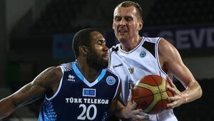 Türk Telekom 92-72 Boras Basket