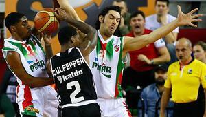 Olaylı maçta Karşıyaka, Beşiktaşı devirdi