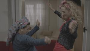 Wilma Elles: Temel ile Dursun fıkraları beni çok güldürüyor