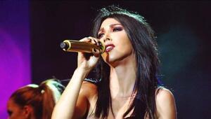Hande Yener Uludağ konserinde ortalığı salladı