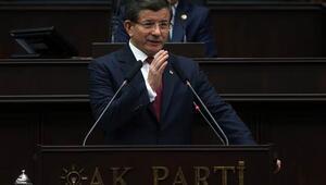 Başbakan Davutoğlu: Tek tek elimizde Rusyanın attığı her bombanın nereye düştüğünün bilgisi var