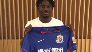 Obafemi Martins, Çine transfer oldu