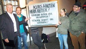 Mültecilerden Başkan Dieter Reitere teşekkür