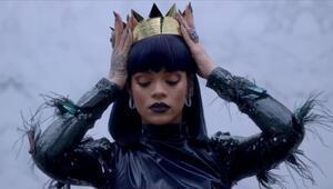 Rihanna, Michael Jackson ve Madonnayı geride bıraktı
