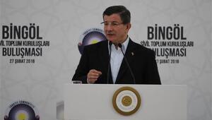 Başbakan Ahmet Davutoğlu: Silahları bırakacağız diyerek sizleri ve bizleri aldattılar