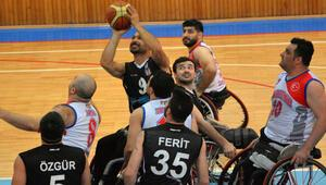 Kardemir Karabükspor 64-66 Beşiktaş RMK Marine
