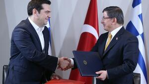 Başbakan Davutoğlu: Avrupa ile vize muafiyeti Haziran ayında başlayacak