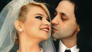 Seçkin Piriler ile Kaan Tangöze boşanıyor