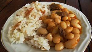 Kuru fasulye-pilav milli yemeğimiz mi