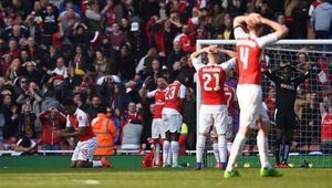Arsenal tam 3 yıl sonra yenildi ve elendi